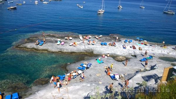 Piscine naturali ponza le forna informazioni utili per la tua vacanza a ponza affitti case - Isola di saona piscine naturali ...